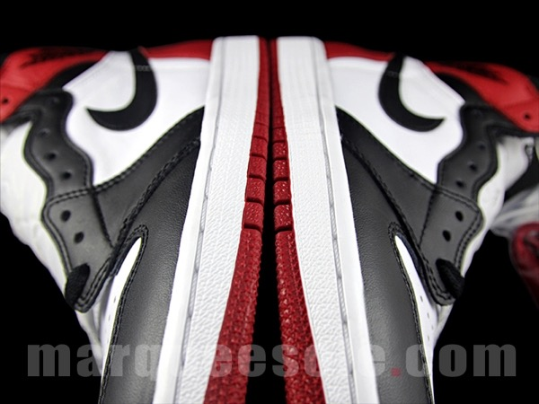 Air Jordan 1 OG Black Toe