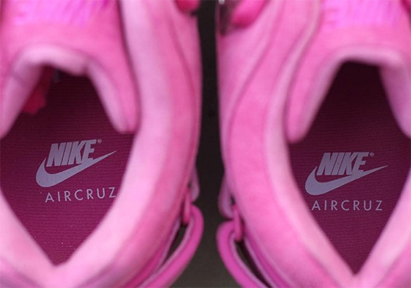 nike-air-trainer-cruz-think-pink-2